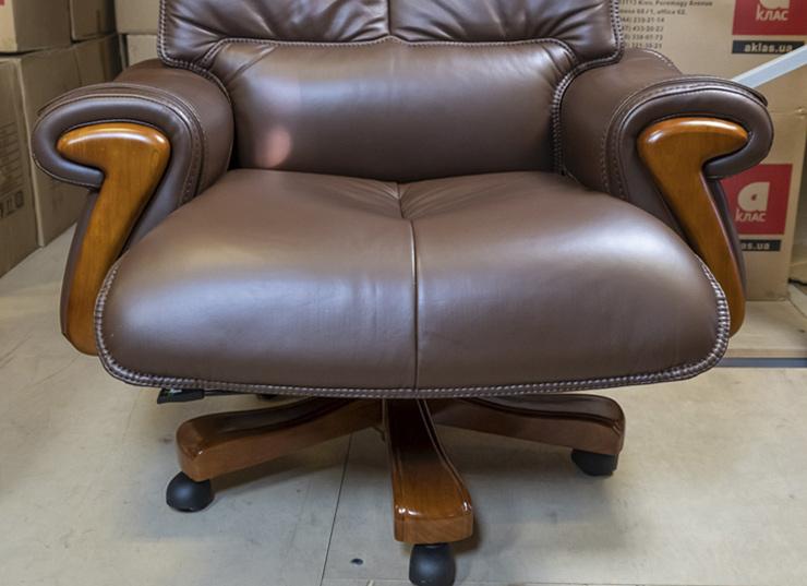 Кресло для руководителя Вольтер EX RL, коричн. АКЛАС - фото 4